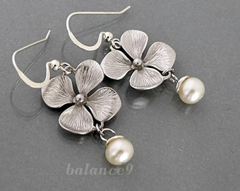 Flower pearl earrings, Silver charm dangle, pearl drop, sterling ear wire, delicate everyday jewelry, Bridesmaid wedding gift, by balance9