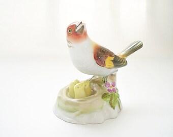 Porcelain Bird Figurine Herend Bird w/ Nest & Chicks Natural 5060
