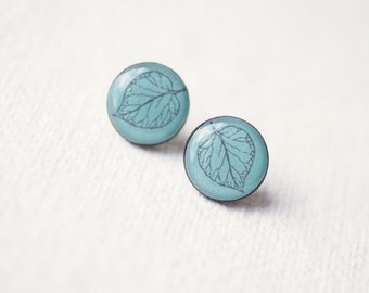 FREE WORLDWIDE SHIPPING - Petite Leaves Ear Studs  - buy 2 get 1 free