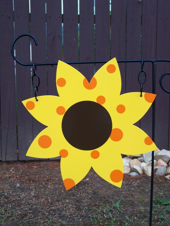 Garden Sunflower Wall Decor : Items similar to sunflower metal garden flag wall hanging