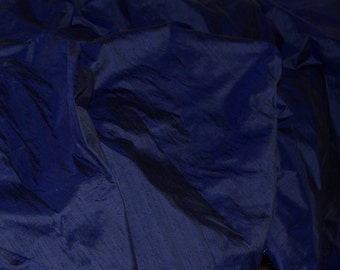 Silk Dupioni in Navy Blue, Fat quarter - D 172