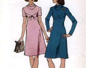 Simplicity 5790 Vintage 70s Misses' Dress Sewing Pattern - Uncut - Size 10 - Bust 32.5