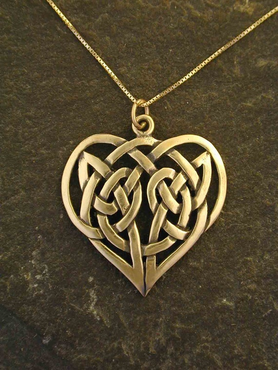 14k gold celtic knot heart pendant on a 14k gold chain. Black Bedroom Furniture Sets. Home Design Ideas