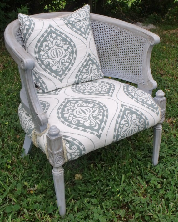 On Hold For Joannaboyle Accent Chair Upholstered Chair