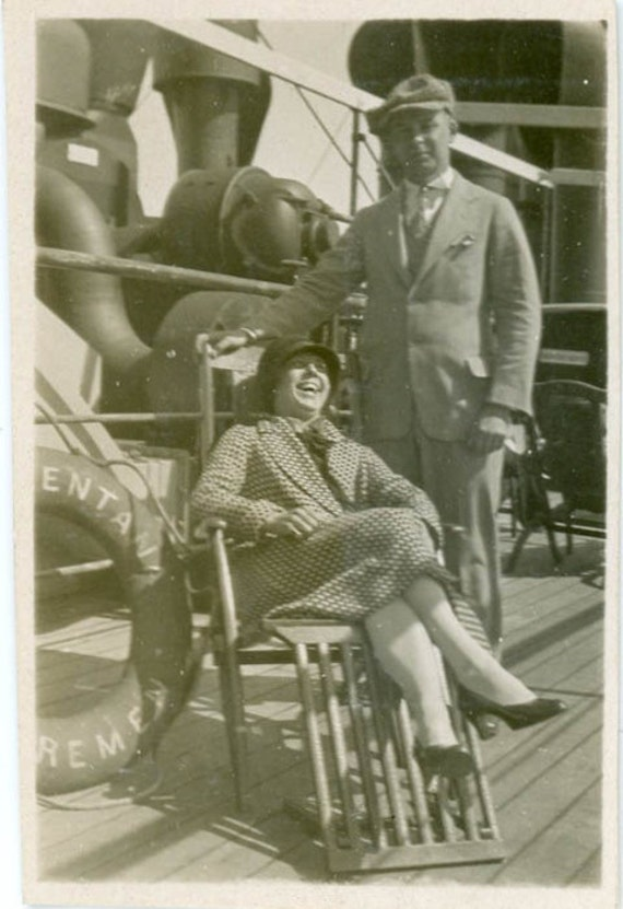 "Vintage Photo ""Fun Times at Sea"", Photography, Paper Ephemera, Antique, Snapshot, Old Photo, Collectibles - 0018"