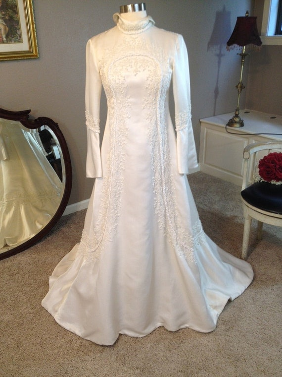 Reserved for Farahdillaffandy...60s Vintage Bianchi Hippie Ivory Satin Beaded Fitted Wedding Dress Small Petite