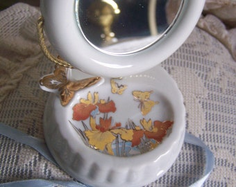 """Vintage 70's """"JEWELRY / RING HOLDER"""" with Mirror Made in Japan."""