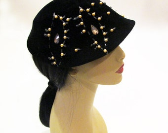 Vintage 50s Cloche, Black Velvet Beaded Hat, 1950 Black Hat