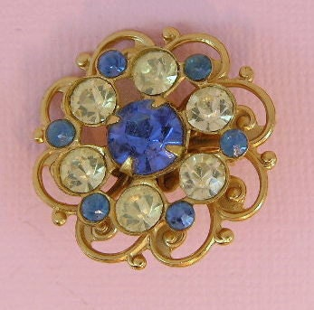 Vintage Brooch: Gold toned with clear and blue rhinestones