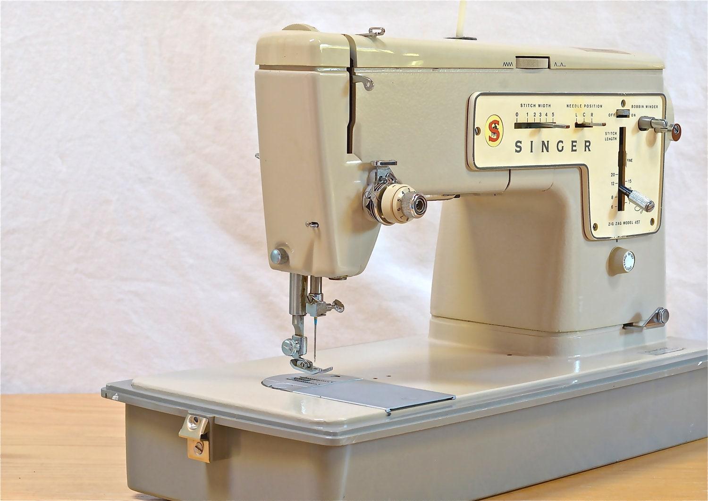 vintage singer sewing machine stylist zig by cassiestalevintage. Black Bedroom Furniture Sets. Home Design Ideas
