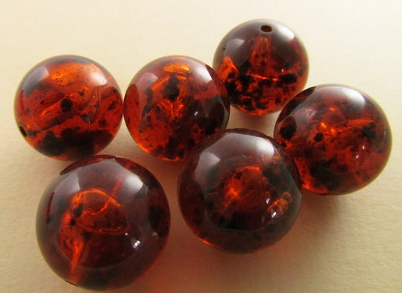 8 Vintage 18mm Amber Tortoise Lucite Beads Bd374