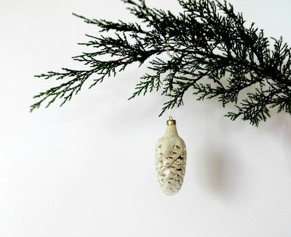 Vintage Mercury Glass Christmas Ornament Shiny White Silver Crystals Christmas Decor Vintage Ornament White Vintage Christmas