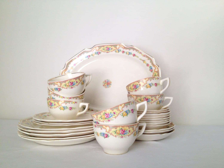 Vintage Dish Set 37
