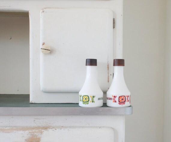 vintage french arcopal oil and vinegar set made for Mobil France