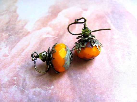 Pumpkin Earrings, Orange Earrings, Autumn Earrings, Fall Earrings, Holiday Earrings, Swarovski Earrings, Dangle Earring, Halloween Earrings