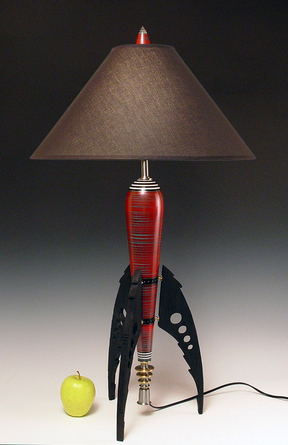 Table Lamp. Atomic retro rocket lamp. Metallic red. 50s. Steam punk. Art Deco. Space age. Sky Captain. 144