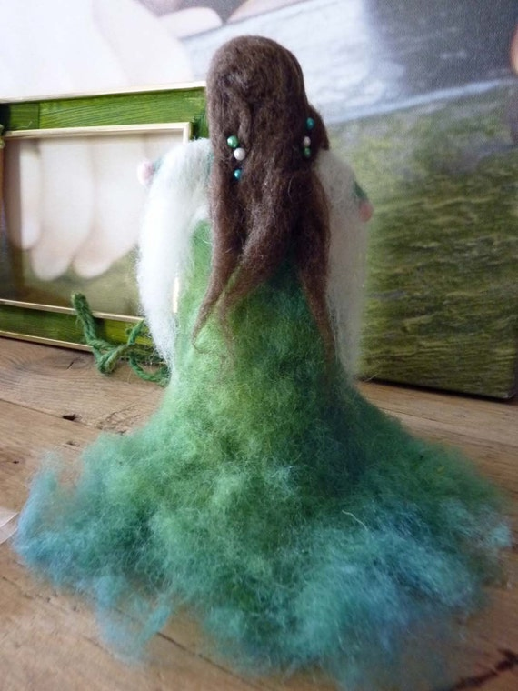 Grainnè from Tir Na Nog. Reservation for EILAN. Soft sculpture needle felted, with natural herbs wool dyed, turmeric and indigo.