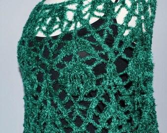 Emerald green crochet capelet