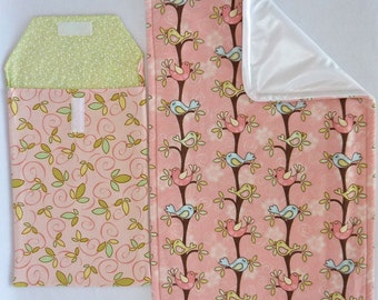 Birds on Branches Changing Pouch Set includes: Changing Pad & Pouch