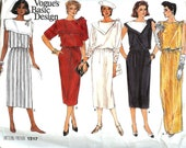 PATTERN Vogue 1517 Ladies Dress with asymmetric collar and neckline variations Size 10 Vogue basic design (uncut)