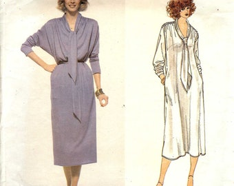 PATTERN Vogue 1982 Dress loose fit with bias collar tie ends Size Small 8-10 Leo Narducci Vogue American Designer