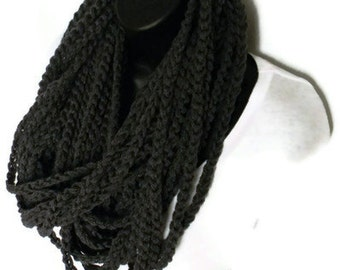 Infinity Loop Chunky Crochet Circle Scarf Necklace Winter Eternity Charcoal Gray Yarn Necklace