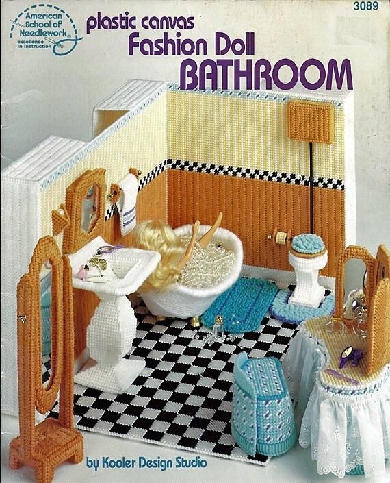 Fashion doll bathroom in plastic canvas for barbie american school of