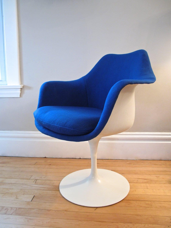 original 1960 39 s knoll saarinen tulip chair by elefantdesign. Black Bedroom Furniture Sets. Home Design Ideas