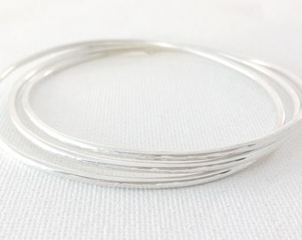 Plain Bangles - Sterling Silver Bangles - Lightly Hammered Bracelet Set - Linked Bangles - Set of 3 Bangles - Looped Bangle Set of Three