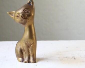 Petite Vintage Brass Kitten