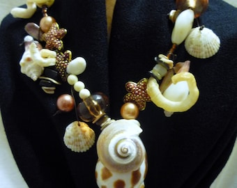 Shell Necklace in Brown, Peach and White