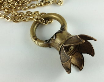 Flower Finial Fob Necklace