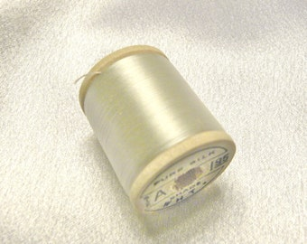 Antique 1930's Corticelli Pure Silk Hand Sewing Embroidery Thread 100 Yd. Wooden spool of  color White