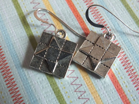 Quilt Jewelry  - Sterling Silver Earrings with a knitting, sewing, quilting theme - Friendship Star