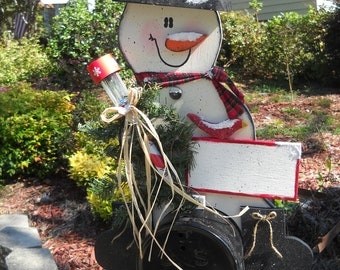 Snowman Mailbox Topper with Solar Light