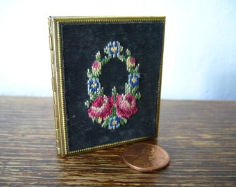 Tiny French travel photo frame with silk embroidery