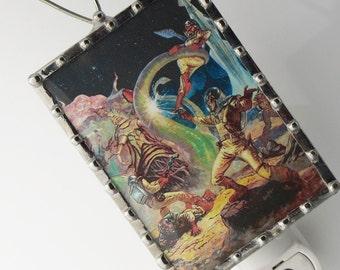 Night Light Pulp Art - SciFi Nightlight - Retro Pulp Art Illustration - Kids Night Light - wall light - Science Fiction N03