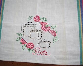 Vintage Embroidered Tomatoes & Pots Dish Towel / Kitchen Cloth / Tea Towel