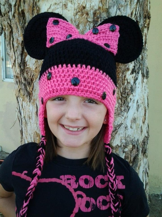 Free Minnie Mouse Crochet Hat Pattern With Ear Flaps : Minnie Mouse Crochet Hat with ear flaps