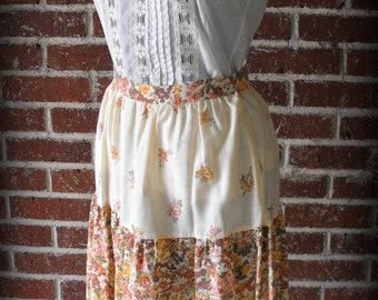 CLEARANCE Vintage 1970's Calico Prairie Skirt Small