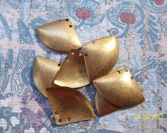 4 Vintage Brass Domed Triangle Stamping    ....   t-38