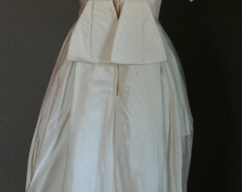 Vintage Ivory Satin Beaded 1960's Mad Men Wedding Dress Gown Bow Flap Back Detail Boat Neck