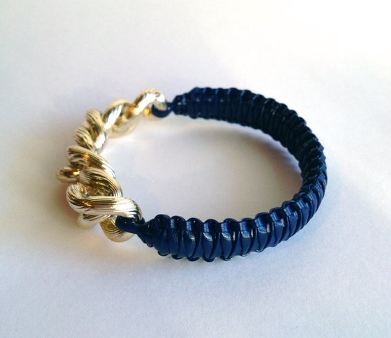 helloberry inspired: NAVY BLUE Bracelet - plastic lace bracelet - arm party - mini smoothie inspired