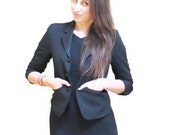 Cropped Black Blazer -Women Vintage Clothing Size 5 6 Small // FREE SHIPPING //