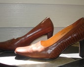 Valentino Brown Genuine Leather Pump Shoes Italy size 8.5 - 9