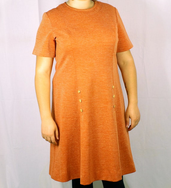 FINAL SALE- 1970s Morro Bay Ltd. Tangerine A-Line Dress With Wooden Button Detail (Size 14)