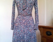 Printed Knit Dress A-Line Skirt with Neck Tie and Matching Belt 1970