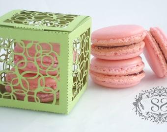 Wedding Favors Macaron Favor Circles Wedding Modern Favor Box and (2) French Macaroon
