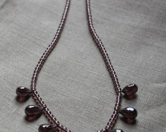 Lilac necklace with drops
