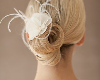 "Bridal Silk Flower, Feather Pieces Wedding - ""Christelle"""